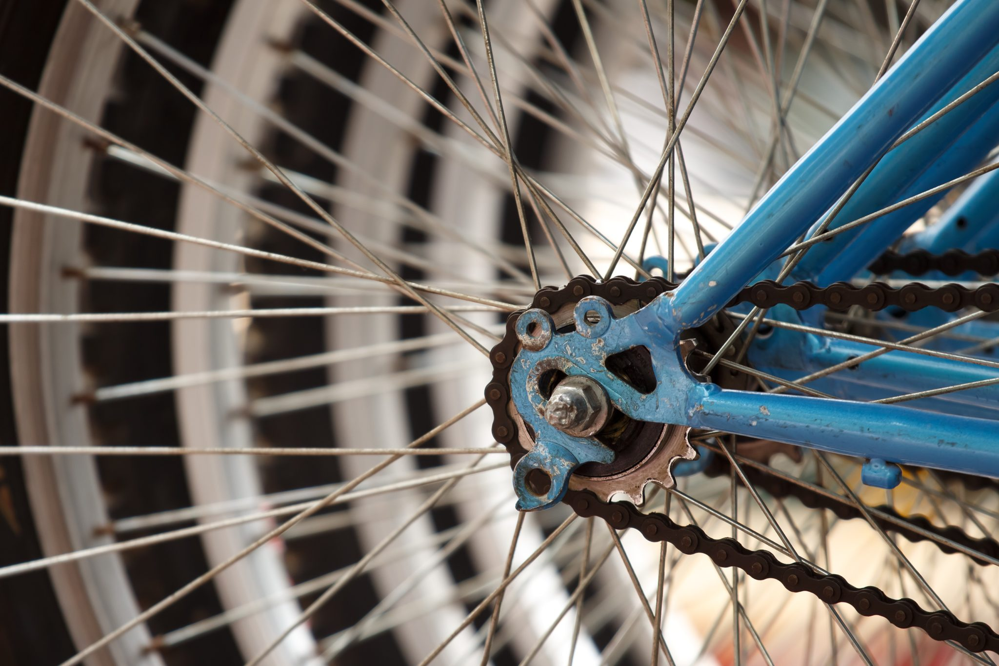 how do bicycle gears work