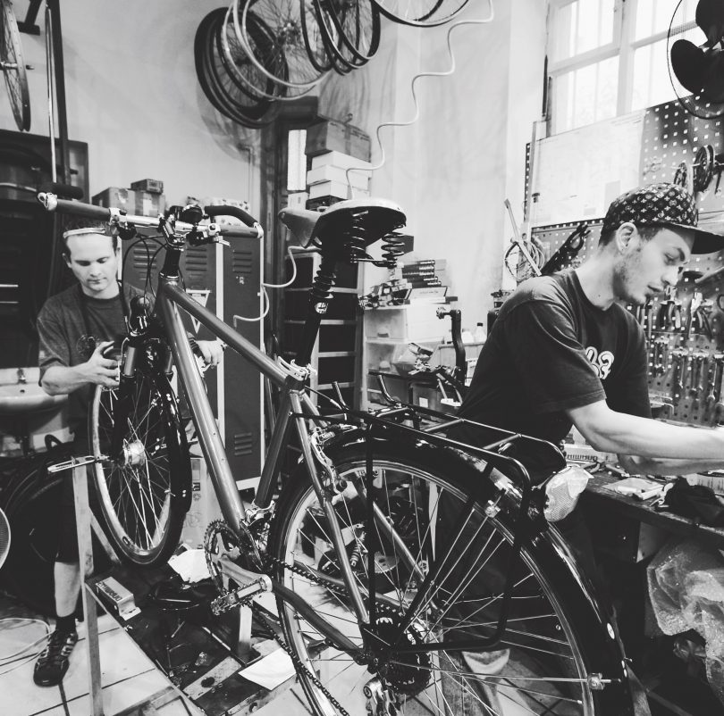 How to become a bicycle mechanic