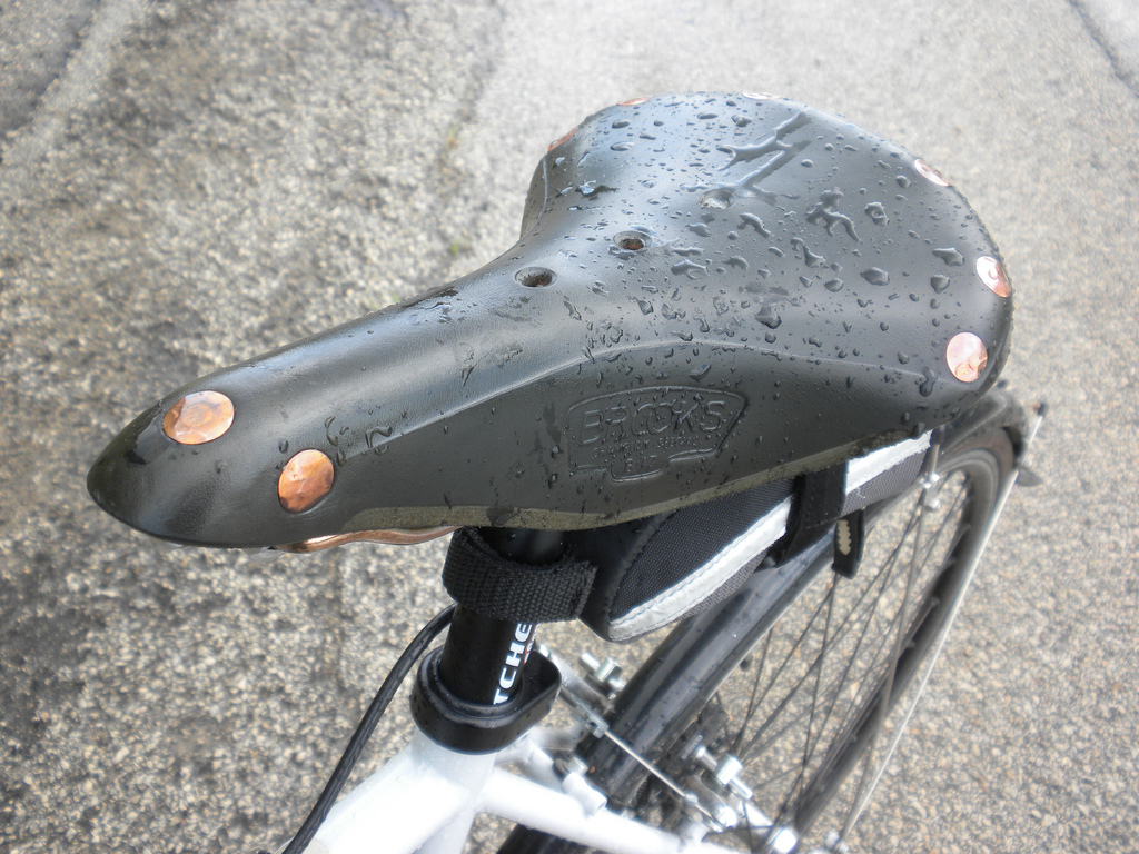 brooks saddle break in